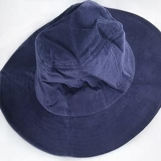 配送可 つば広帽子 ネイビー