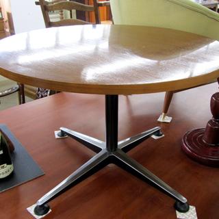 マルニ ミッドセンチュリー ラウンジテーブル カフェ 円形 西宮の沢