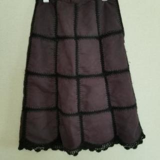女性 スカート