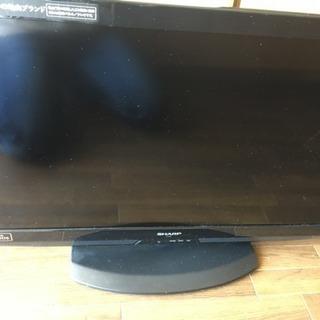 シャープ液晶テレビ 32型差し上げます。