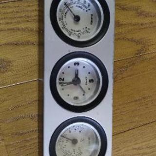 温度計、時計、湿度計