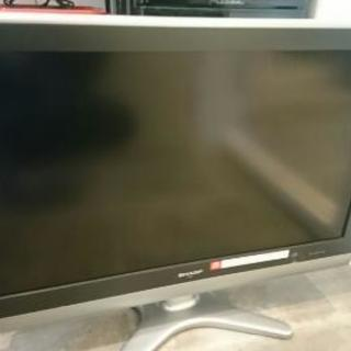 SHARP AQUOS 32型液晶テレビ