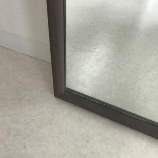 大きな鏡【スタイリッシュなスチール枠】