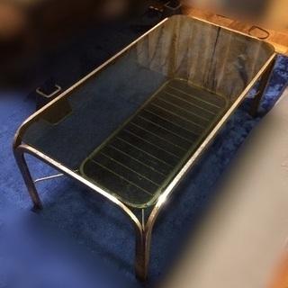 ガラスのローテーブル(センターテーブル)