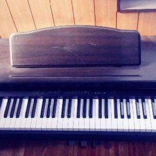 古い電子ピアノ ALEPIAN EP_2300 PCM DEGIT...