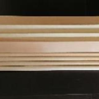赤松材と南洋材丸棒合計8本