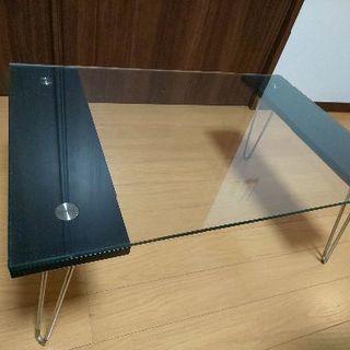 折り畳み式ガラスミニテーブル