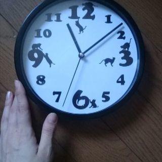 黒猫の壁掛け時計
