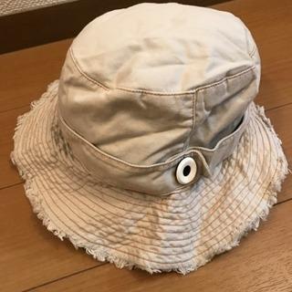 コンビ  帽子①