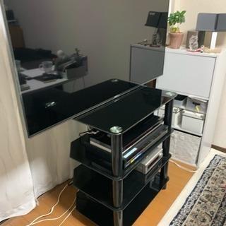 ガラスラック仕様のテレビスタンド(テレビ台)を譲ります。