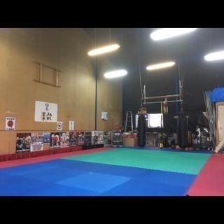 大和高田市 初心者向け ダイエットキックボクシング 総合格闘技 − 奈良県