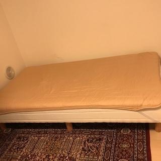 コンパクトサイズ ベッド(引き取り5/6希望)