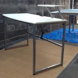 【3,000円で】シンプルイズベスト 素敵なホワイトのデスク、テーブルです 配達も可 - 家具