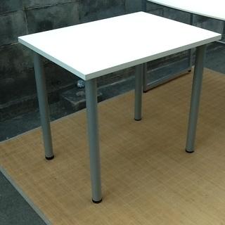 【机1000円】ホワイトのシンプルテーブル 配達も可