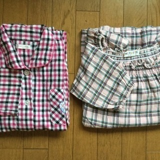 値下げ! 薄手長袖上下 パジャマ 2組セット/150