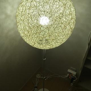 IKEA 照明 ライト付き