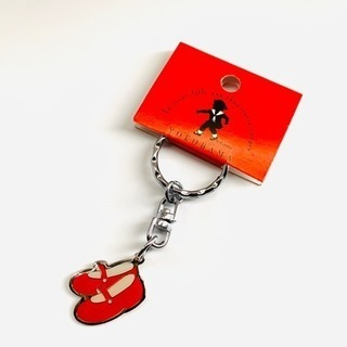 ❤️ YOKOHAMA 赤い靴 キーホルダー  銀 ❤️