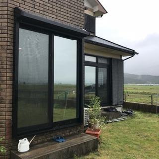 窓ガラスフィルムを施工しています。遮熱・断熱・省エネ・飛散防止(...