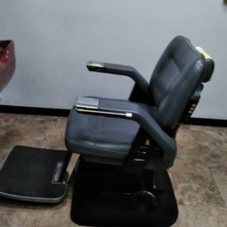 タカラベルモントの理容椅子 コンフォート21  二台セット