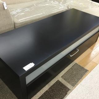 Bo Concept ボーコンセプトのテレビボード ブラックで重厚です!