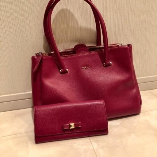 new product 6471f f691c FURLA バッグ ウォレット セット (M) 早稲田の服/ファッションの中古・古着あげます・譲ります|ジモティーで不用品の処分
