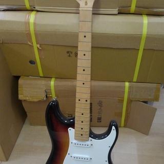 エレキギター 綺麗 使用感なし 弦無し ソフトケース有 引取り限定