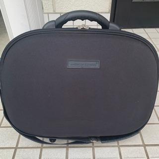 美品 スーツケース