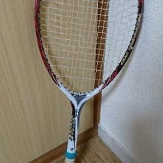 軟式テニスラケット ヨネックス ガット新品張り替え済み