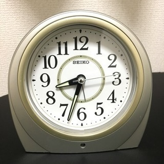 SEIKO 目覚まし時計 自動点灯機能付き  市内お届け相談可