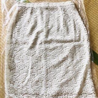 【新品未使用】UNIQLO ユニクロ レースタイトスカート