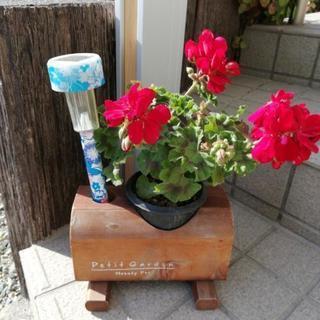 お花を飾る台