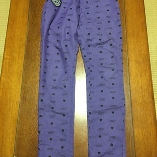 S.JENNIのパンツとBLOCのジーンズ
