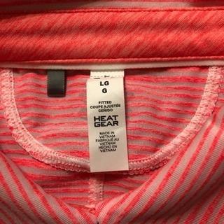 アンダーアーマーシャツ新品未使用