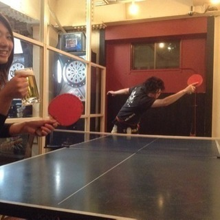テレビでも有名な卓球酒場ぽん蔵で働いてみませんか?