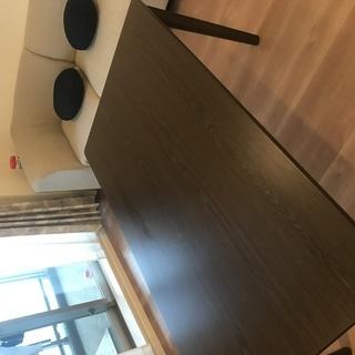 【半年利用美品】新品価格17, 940円  ニトリのダイニングテーブル