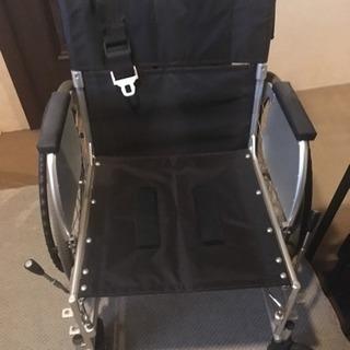 車椅子 自走式の画像