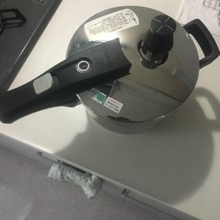 【ワンダーシェフ圧力鍋 3ℓ 】古いですが美品です。