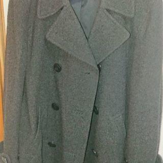 玉成高校の男の子のコートです