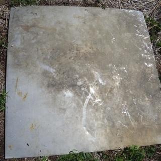 土壌改良 選別 約1m×1m ステンレスの板 1㎜ぐらい