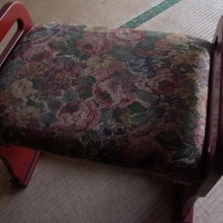 膝が痛い方 お年寄り らくらく座椅子♪ 丈夫です!天然木