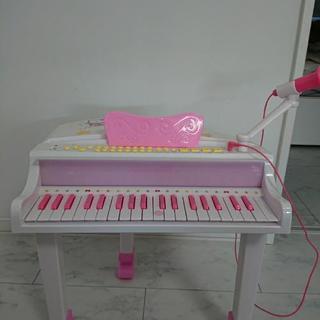 値下げしました。キティちゃんピアノ