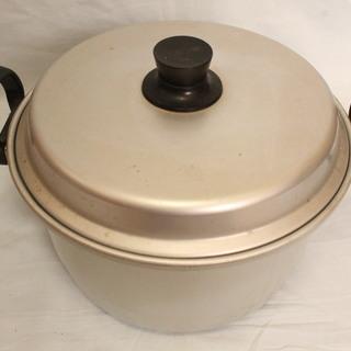 アカオ アルミ両手鍋 蒸し機能付き 中古