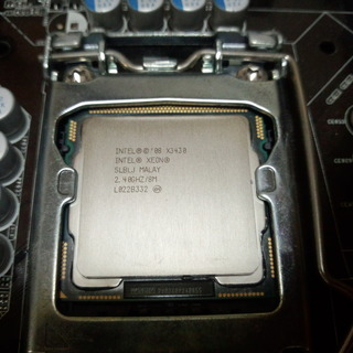 LGA1156 CPU XEON X3430 中古 動作確認済