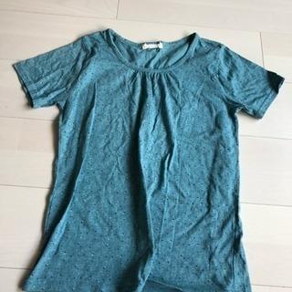 グリーン Tシャツ