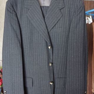 ALEXANDER JULIANのスーツ
