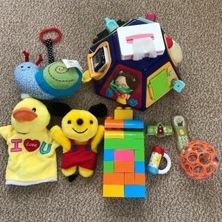 赤ちゃん用おもちゃ やりたい放題・ハンドパペット・ブロックなど ...