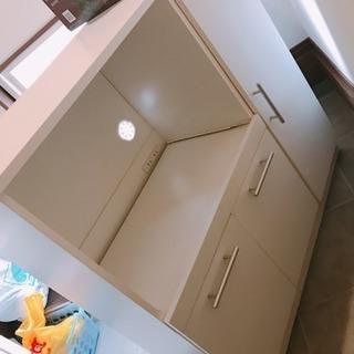 キッチン 収納 キャビ