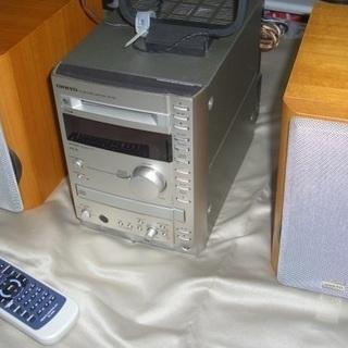 ★現在取引中です★ONKYO INTEC CD・MDコンポ(中古美品)