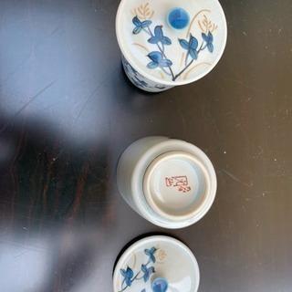新品 九谷焼 蓋つき 湯のみ 2個セット