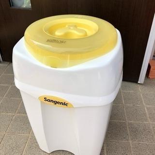 【値下】コンビ ニオイ・クルルンポイ 紙おむつ処理ポット ゴミ箱